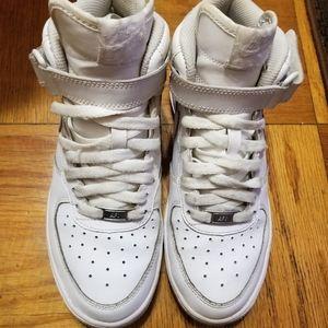 Nike Boys White  Hightop Uptown Sneakers  Size 6Y